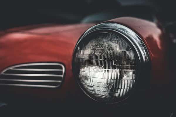H11 headlight bulbs