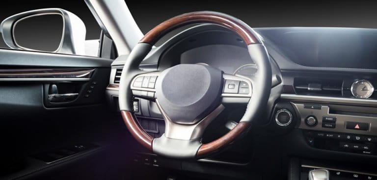 steering wheel makes noise when turnin